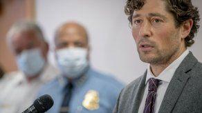 Concejo Municipal en Minneapolis propone desmantelar policía
