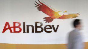 Cervecera que hace Corona vende unidad australiana por deuda