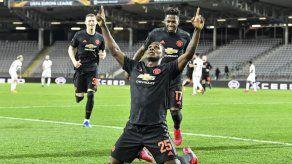 United y Basilea ponen un pie en cuartos de Liga Europa