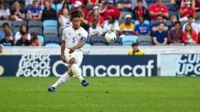 Román Torres considera que podría ser el momento de Julio Dely en la selección