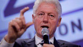 Bill Clinton espera ver un día a una mujer presidente de Estados Unidos