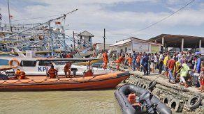 Desaparecidos 17 pescadores tras una colisión en Indonesia