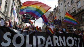 """Parlamento de UE aprueba """"zona libre"""" para población LGBT"""