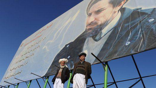 La resistencia se aglutina en torno a Ahmad Masud, hijo del célebre comandante Ahmed Shá Masud, símbolo de la resistencia ante los soviéticos y posteriormente ante los talibanes, que fue asesinado el 9 de septiembre de 2001 por Al Qaeda.