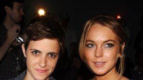 Lohan confirma romance con Samantha Ronson