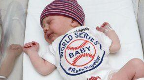 Indios de Cleveland reciben apoyo de bebés recién nacidos