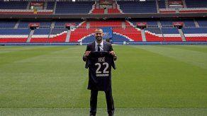 Emery descarta a Cavani y convoca a Jesé en inicio de liga francesa