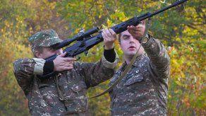 Intensos combates entre Armenia y Azerbaiyán