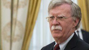 Bolton inicia conversaciones en Moscú sobre tratado nuclear