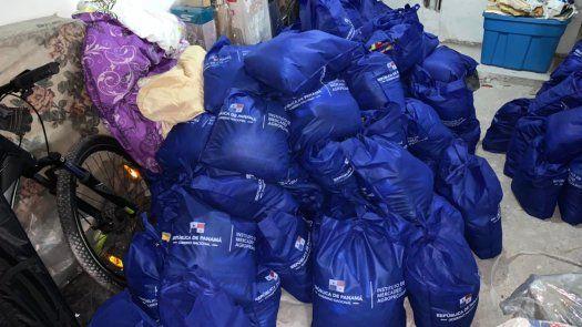Las bolsas de comida del Plan Panamá Solidario fueron ubicadas en una residencia en el sector de San Francisco.