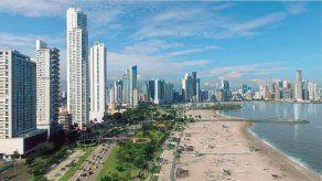Fábrega asegura que proyecto de recuperación de playas será retomado tras pandemia