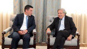 Almagro conversa con Hincapié sobre retos de toda la región