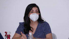 Gobernadora de Panamá se coloca vacuna experimental contra el COVID-19