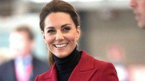Reacciones muy diferentes de la duquesa Catalina y la reina Letizia ante la misma situación