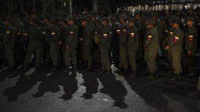 Comienzan en Venezuela ejercicios militares para defensa de las ciudades