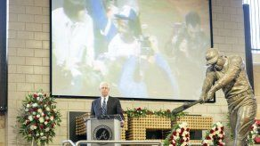 Emotivo ceremonia en homenaje a Hank Aaron en Atlanta