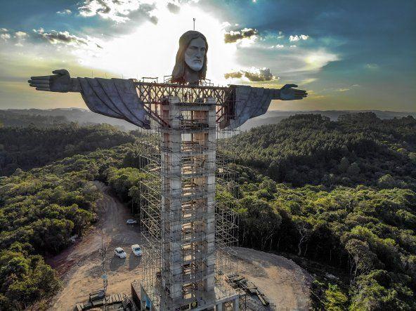 La estatua de Encantado llevará por nombre Cristo Protector y medirá 43 metros de altura