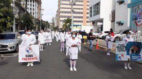 Enfermeras dan voto de confianza a Gobierno y suspenden medidas de paro escalonado