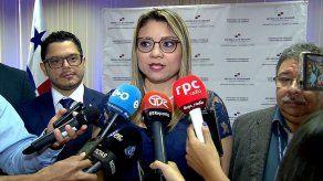 Ministra Zapata sostiene que ajuste al salario mínimo fue responsable y no político