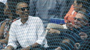 Con Obama y Castro presentes