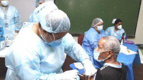 El Minsa indicó que el horario de atención para colocarse la vacuna contra covid-19 en el circuito 8-4 será de 7:00 a.m. a 6:00 p.m.