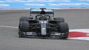 F1: Hamilton domina ambas prácticas para GP de Bahrein
