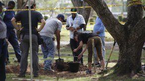 El 8 de junio reiniciarán exhumación de restos óseos de víctimas de la invasión