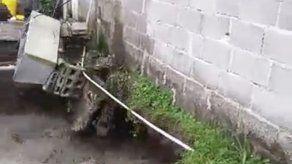 Colapsa parte de una residencia en Mano de Piedra