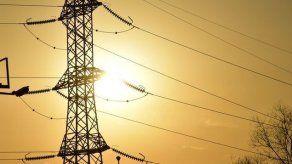 Promulgan resolución sobre medidas que deben aplicar las empresas de luz en medio de pandemia