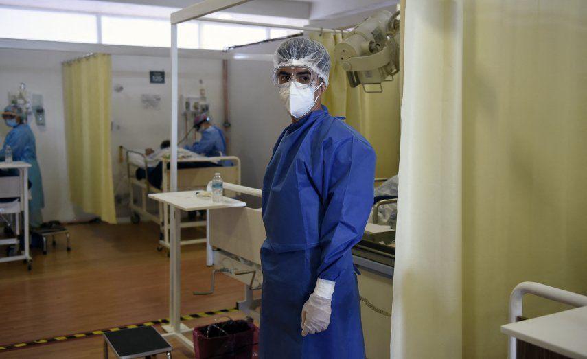 Las infecciones por covid-19 llenan hospitales en ciudades como Sao Paulo