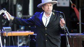 Bob Dylan lanza cover de Frank Sinatra que augura un futuro álbum