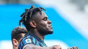 Milan y Juventus tropiezan
