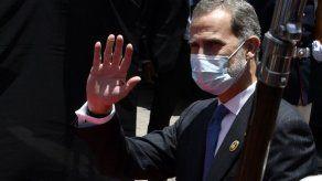 El rey de España en cuarentena luego de un contacto con caso positivo de covid-19