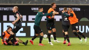 Werder Bremen sufre para ganar la permanencia en Bundesliga ante Heidenheim