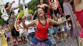 Brasil: mujeres contra el machismo en fiesta de carnaval