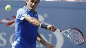 Federer arrolla a Berlocq y clasifica a tercera ronda del US Open