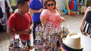 Alcaldía de Panamá busca poner orden en la buhonería en áreas de gran flujo peatonal