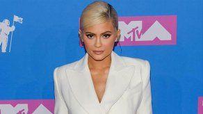 Kylie Jenner no se ha reconstruido por completo la cara
