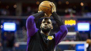 Duelo LeBron-Warriors encabeza cartelera navideña de NBA