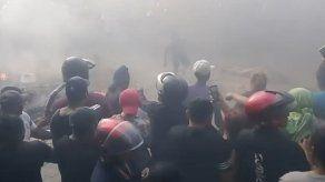 Turba lincha a tres personas a las que acusaba de robar niños en Ecuador