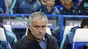 Mourinho reitera que no acudirá al mercado de fichajes en enero