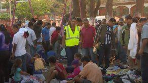 Policía detiene camión con 228 migrantes en sur de México