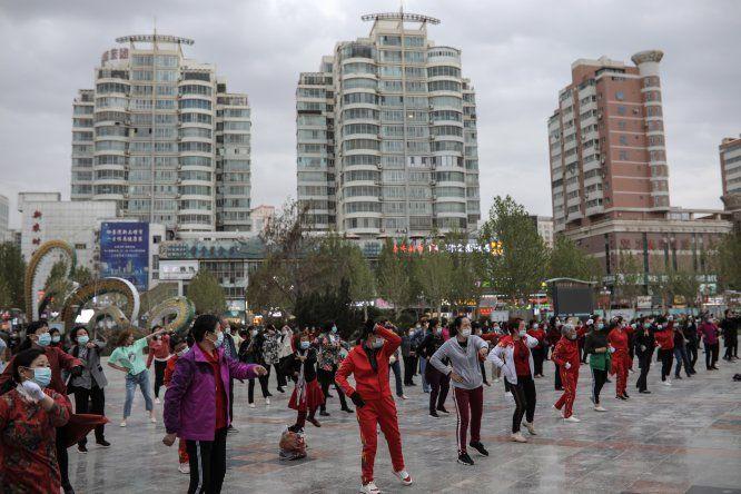 China aprobó el 15 de diciembre una campaña de vacunación contra covid-19 centrada en personas de grupos de riesgo pero los planes contemplaban que