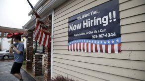 Bajan solicitudes del seguro por desempleo en EEUU