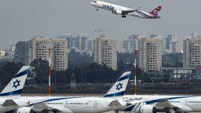 Varias aerolíneas suspendieron sus vuelos en Israel ante los enfrentamientos.