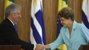 Rousseff y Vázquez se comprometen con la integración de Brasil y Uruguay