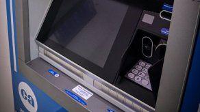 Caja de Ahorros habilita servicio de depósito de efectivo en sus cajeros automáticos