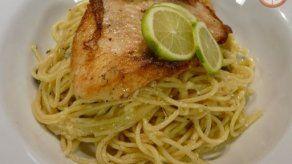 Spaghetti con limón y tilapía