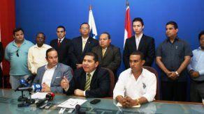 PRD asegura que Arias es responsable de campañas sucias
