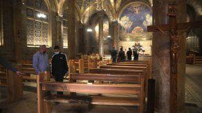 Hombre parecía tratar de quemar iglesia católica en Israel